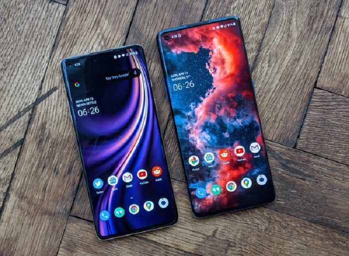 OnePlus 8 and 8 Pro display