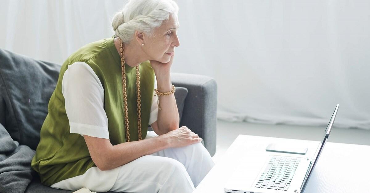 2021's Best User-Friendly Laptops for Elderly