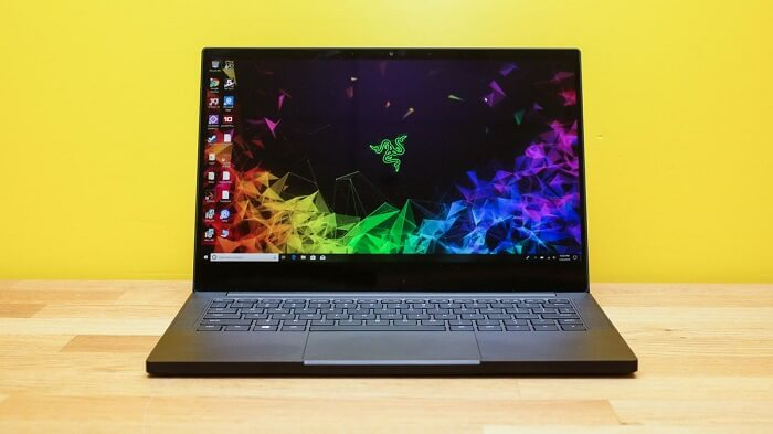 Review of Razer Blade Stealth Laptop with OLED Display